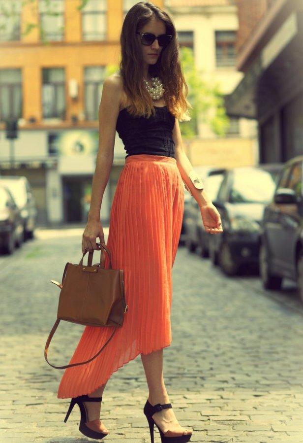 40 Stylish Orange Outfits Ideas 13
