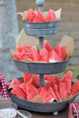 40 Summer Party Decoration Ideas 15