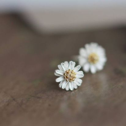 40 Tiny Lovely Stud Earrings Ideas 17