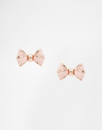 40 Tiny Lovely Stud Earrings Ideas 22