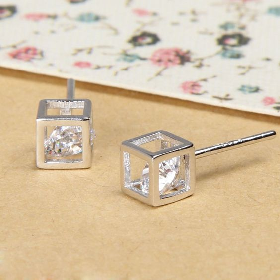 40 Tiny Lovely Stud Earrings Ideas 27