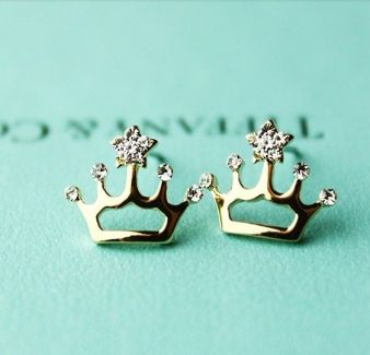 40 Tiny Lovely Stud Earrings Ideas 3