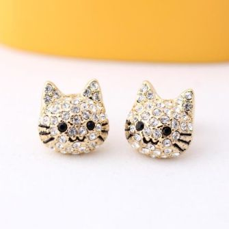 40 Tiny Lovely Stud Earrings Ideas 32