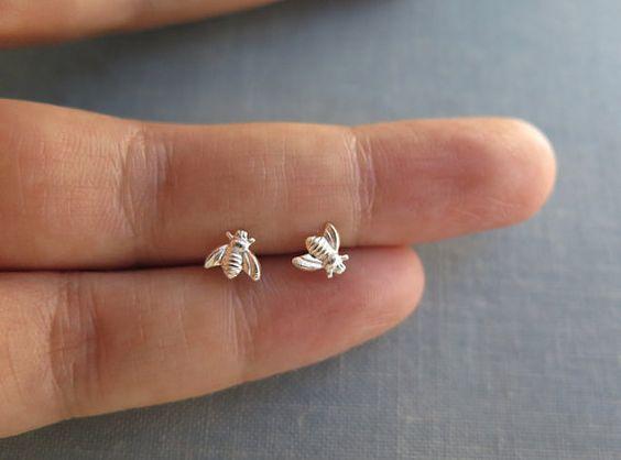 40 Tiny Lovely Stud Earrings Ideas 36