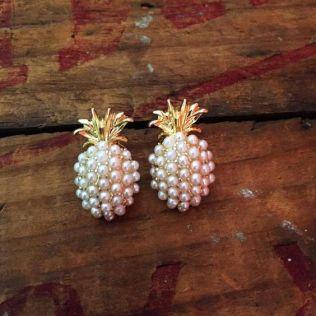 40 Tiny Lovely Stud Earrings Ideas 7