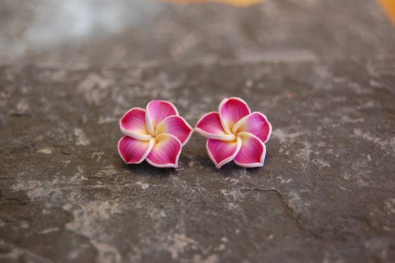 40 Tiny Lovely Stud Earrings Ideas 9