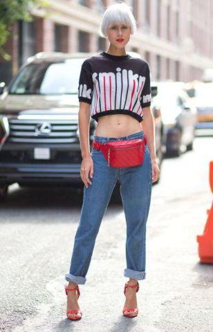 40 Ways to Wear Trendy Fanny Packs for Summer Ideas 37