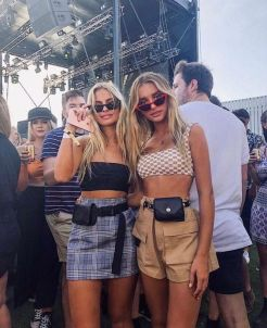 40 Ways to Wear Trendy Fanny Packs for Summer Ideas 42