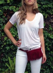 40 Ways to Wear Trendy Fanny Packs for Summer Ideas 9