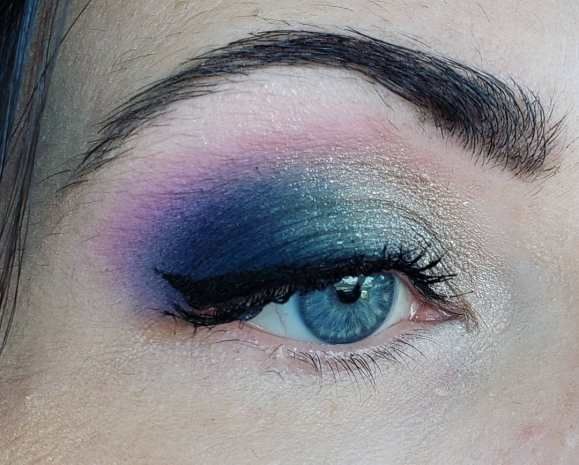 50 Blue Eyes Makeup You Need to Copy Ideas 30