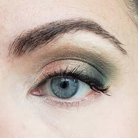 50 Blue Eyes Makeup You Need to Copy Ideas 32
