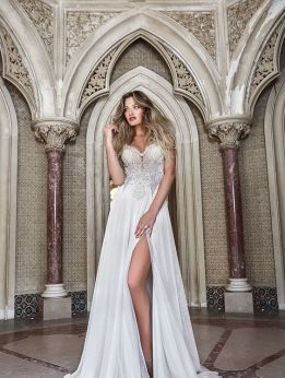 50 Bridal Dresses with Perfect Split Ideas 1 1