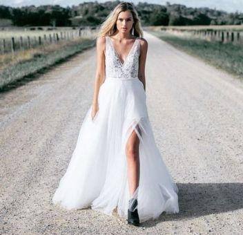 50 Bridal Dresses with Perfect Split Ideas 33 1