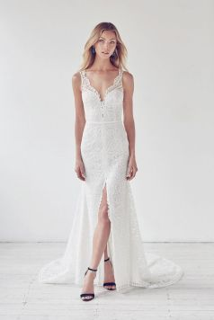 50 Bridal Dresses with Perfect Split Ideas 38 1
