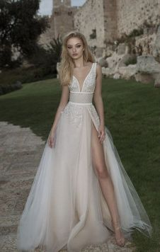 50 Bridal Dresses with Perfect Split Ideas 41 2
