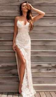 50 Bridal Dresses with Perfect Split Ideas 45