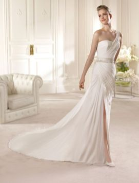 50 Bridal Dresses with Perfect Split Ideas 51 1