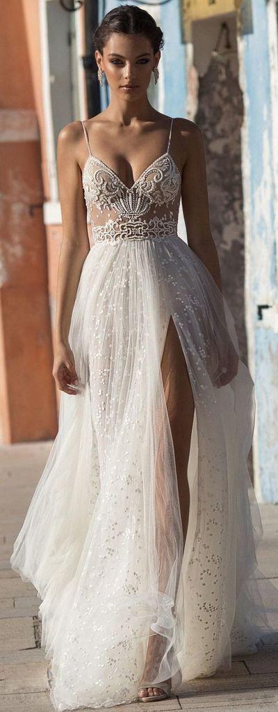 50 Bridal Dresses with Perfect Split Ideas 7