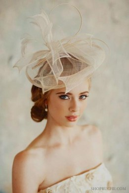 50 Bridal Hats You Will Love Ideas 54