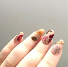 50 Floral Nail Art for Summer and Spring Ideas 10