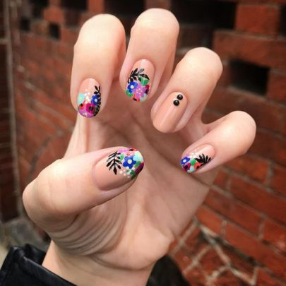 50 Floral Nail Art for Summer and Spring Ideas 16