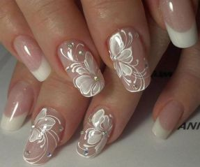 50 Floral Nail Art for Summer and Spring Ideas 39