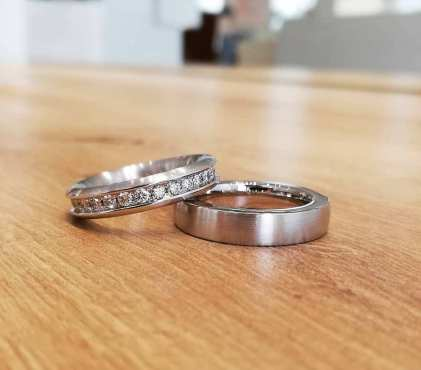50 Simple Wedding Rings Design Ideas 35