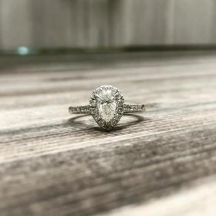 50 Simple Wedding Rings Design Ideas 41