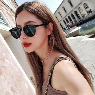 50 Stylish Look Sunglasses Ideas 27