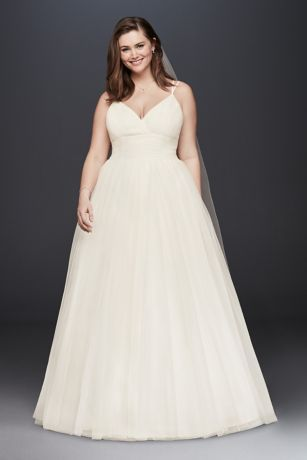 50 V Neck Bridal Dresses for Plus Size Ideas 12