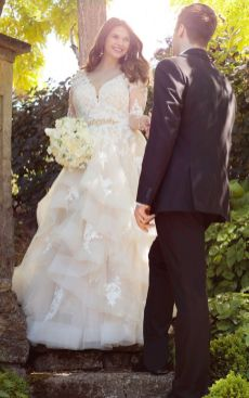 50 V Neck Bridal Dresses for Plus Size Ideas 28