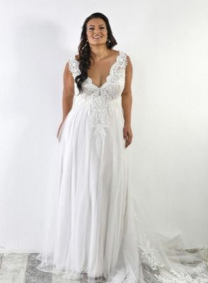 50 V Neck Bridal Dresses for Plus Size Ideas 31