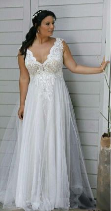 50 V Neck Bridal Dresses for Plus Size Ideas 35