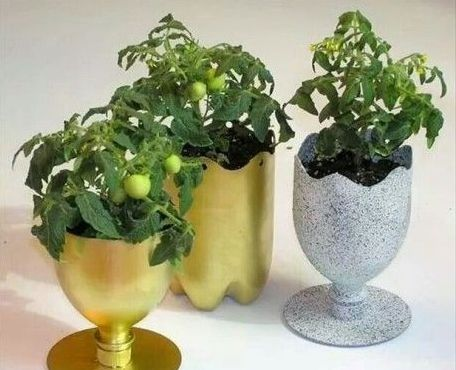 50 Ways to Reuse Plastic Bottles to Cute Planters Ideas 27