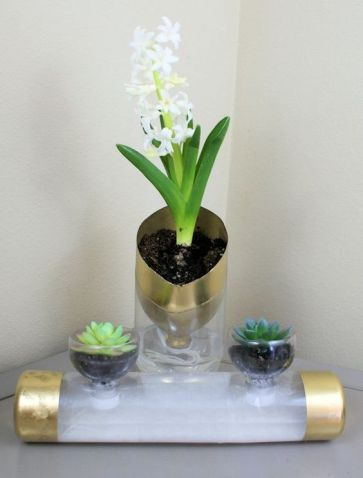 50 Ways to Reuse Plastic Bottles to Cute Planters Ideas 28