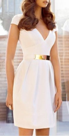 50 Ways to Wear Gold Belts Ideas 8