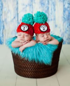 100 Cute Twins New Born Photography You Can Copy 35 1