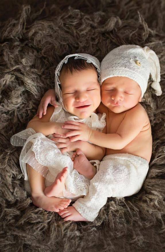 100 Cute Twins New Born Photography You Can Copy 80