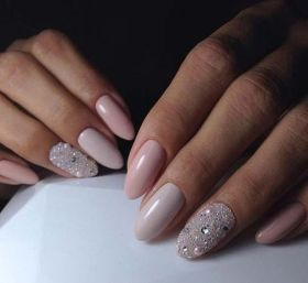 30 Glam Wedding Nail Art for Bride Ideas 5