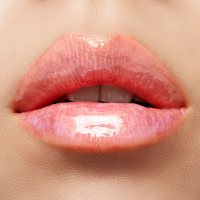 30 Holographic Lips Ideas 22
