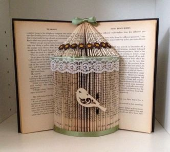 30 How to Reuse Old Book Ideas 22