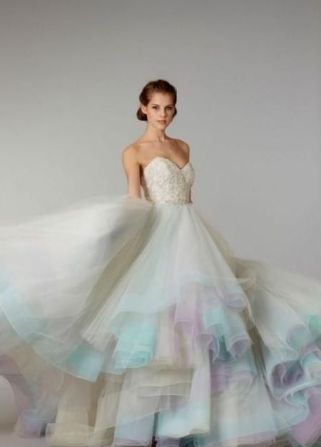 30 Soft Color Look Bridal Dresses Ideas 25