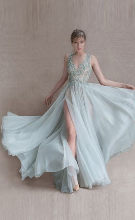 30 Soft Color Look Bridal Dresses Ideas 3