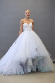 30 Soft Color Look Bridal Dresses Ideas 34
