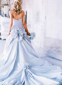 30 Soft Color Look Bridal Dresses Ideas 5