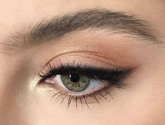 40 Cat Eye Makeup Ideas 2