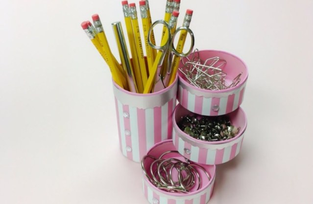 40 DIY Recycling Cans Ideas 26