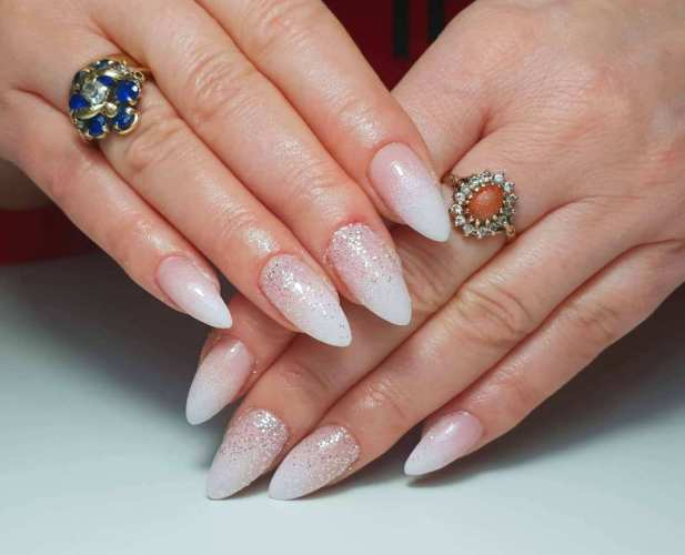 40 Elegant Look Bridal Nail Art Ideas 2