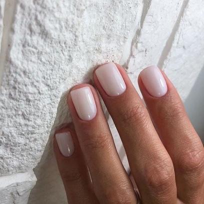 40 Elegant Look Bridal Nail Art Ideas 38