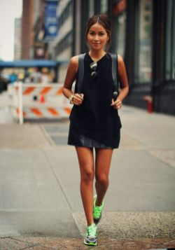 40 How to Wear Neon Shoes Ideas 38